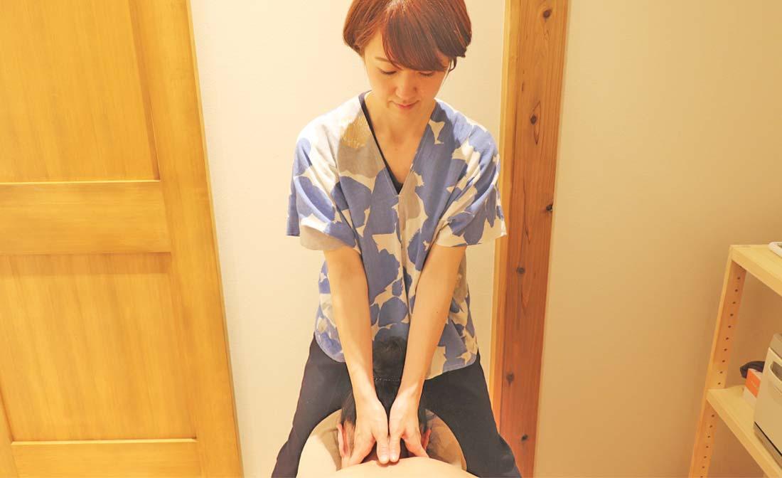 滋賀県草津・守山・栗東市の女性のための整体・アロマテラピー|肩こり・腰痛、原因不明の不調、自律神経の乱れ|イメージ4