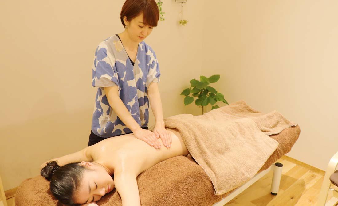 滋賀県草津・守山・栗東市の女性のための整体・アロマテラピー|肩こり・腰痛、原因不明の不調、自律神経の乱れ|イメージ5